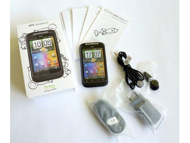 obsah balení HTC Wildfire S white silver
