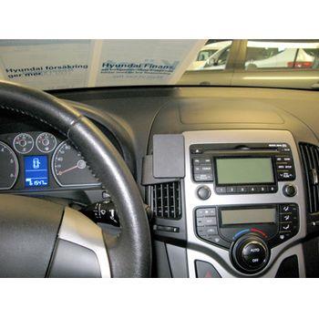 Brodit ProClip montážní konzole pro Hyundai i30 08-12, na střed