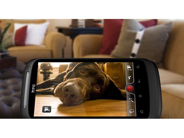 obsah balení HTC Desire S černá + pouzdro Krusell Hector černé